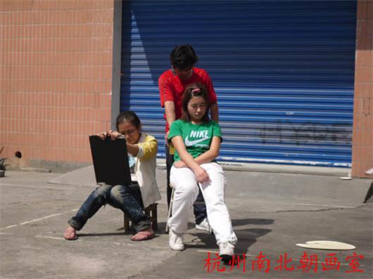 2009年10.7南北朝画室院内速写室外课堂拍摄