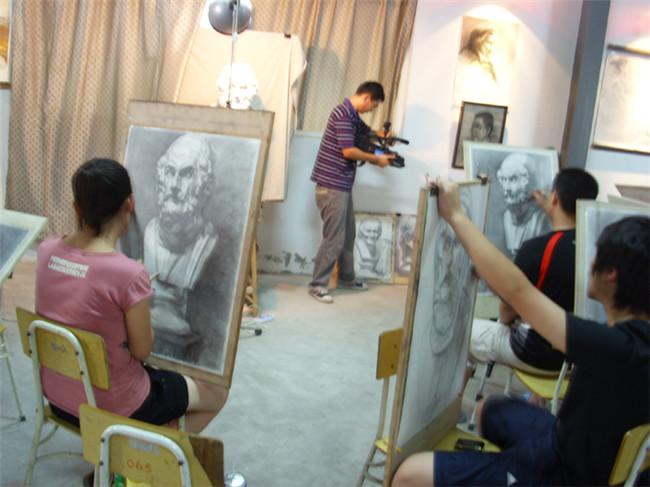 2008年7月18日浙江省电视采访南北朝画室